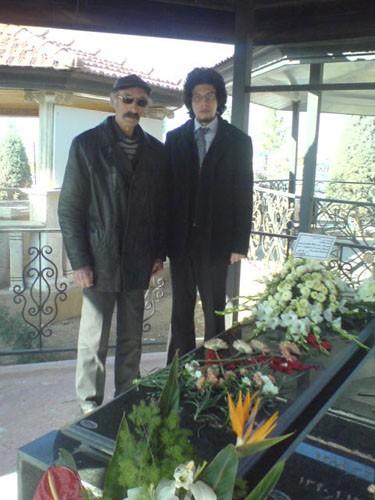 ساسان بهمن آبادی، اسماعیل رحیمی، مزار محسن پزشکپور